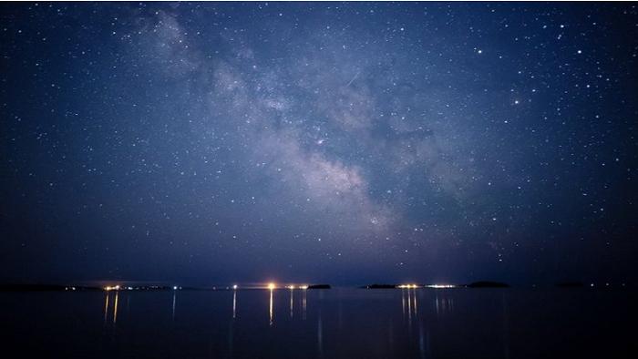 25 astronoma zemlya glazami